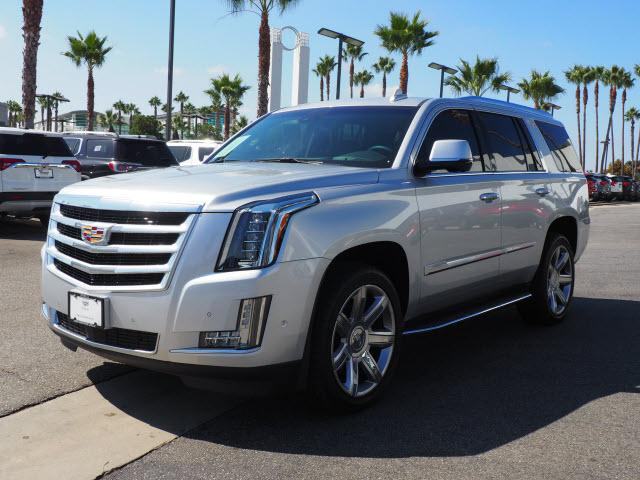 Certified Pre-Owned 2019 Cadillac Escalade 4WD 4dr Premium Luxury