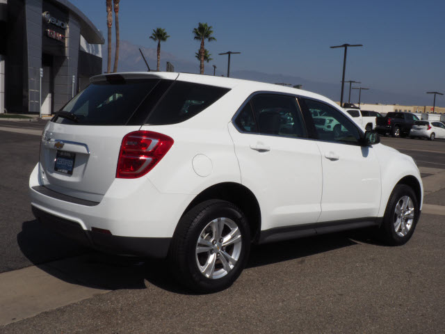 Certified Pre-Owned 2017 Chevrolet Equinox FWD 4dr LS