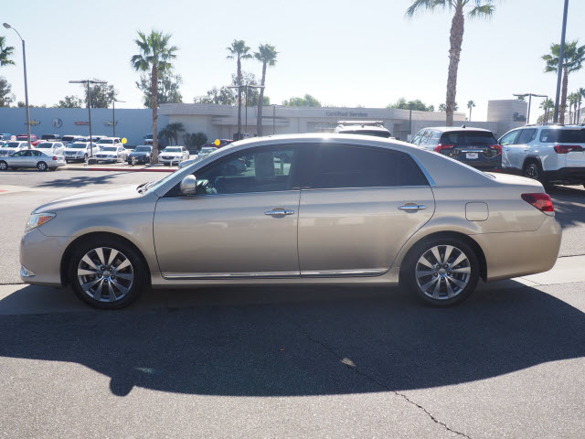 Pre-Owned 2011 Toyota Avalon 4dr Sdn Limited